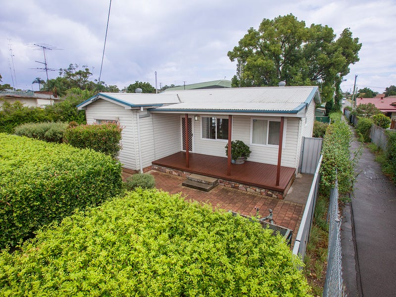 238 New England Highway, Rutherford, NSW 2320