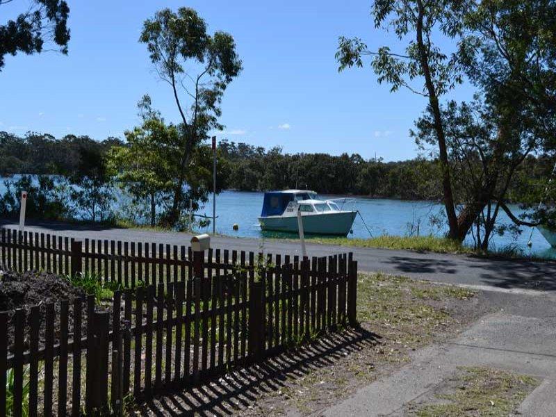 4 Coulon Street, Woollamia, NSW 2540