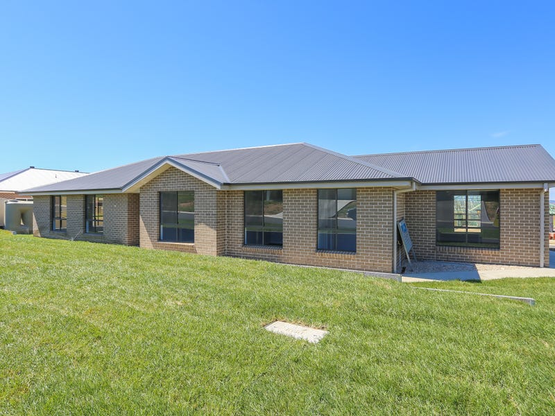 79 Wentworth Drive, Kelso, NSW 2795