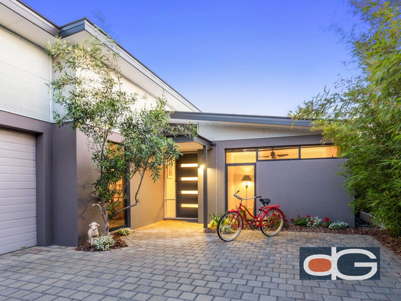 89A Samson Street, White Gum Valley, WA 6162