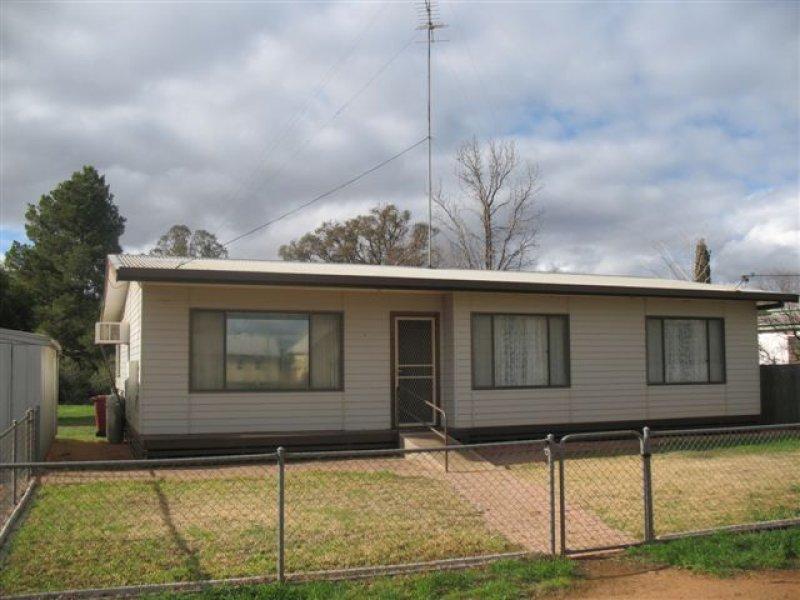 43 Caroon Street, Ungarie, NSW 2669