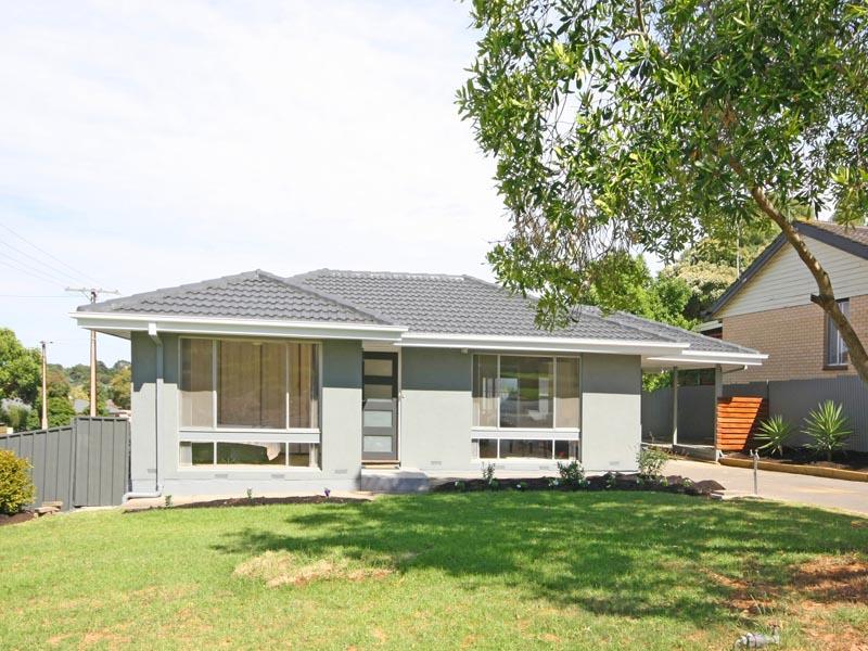 1 Edna Court, Hackham, SA 5163