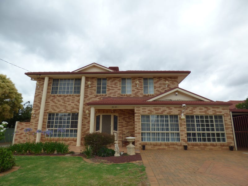 38 South Gloucester Street, Forbes, NSW 2871
