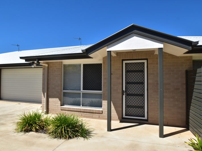 2/15a Searle Street, South Toowoomba, Qld 4350