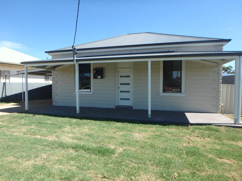 216 DeBoos Street, Temora, NSW 2666