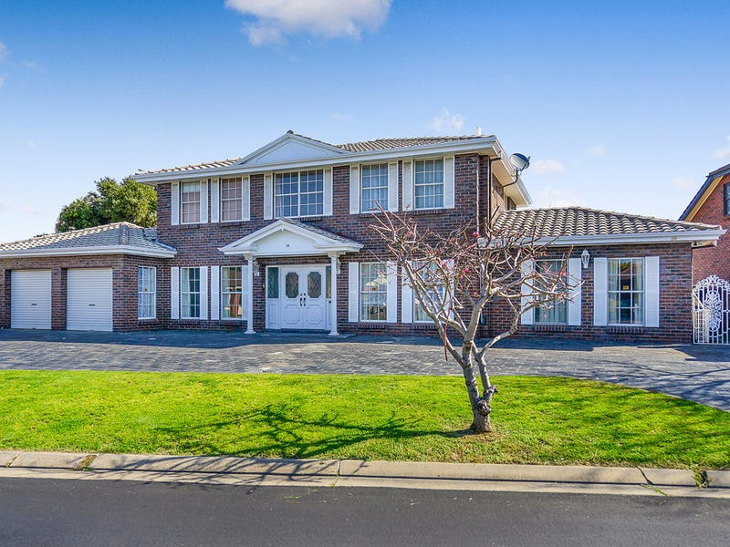 58 Martin Court, West Lakes