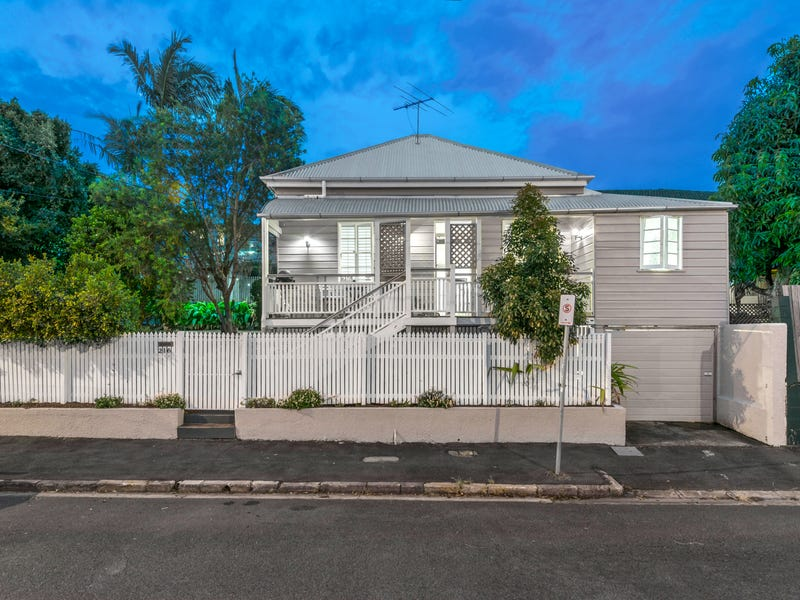 216 Water St, Spring Hill, Qld 4000