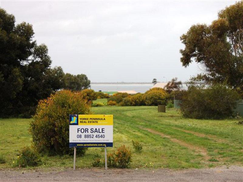 17 Captain Hutchinson Drive, Point Turton, SA 5575