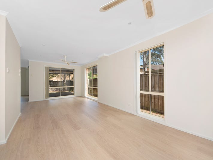 25/11 Owen Jones Row, Menai, NSW 2234