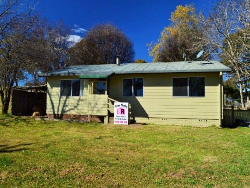 29 Pearson Street, Guyra, NSW 2365