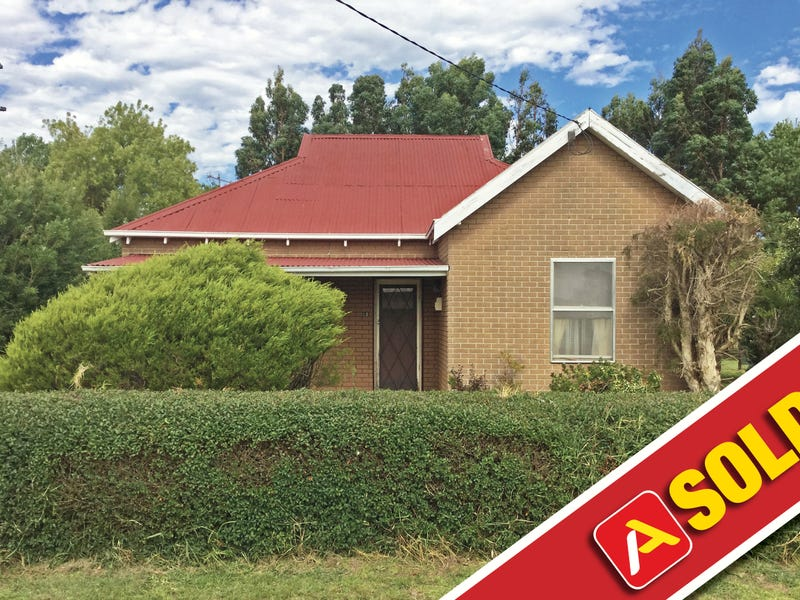 12 Griffin Street, Heywood, Vic 3304