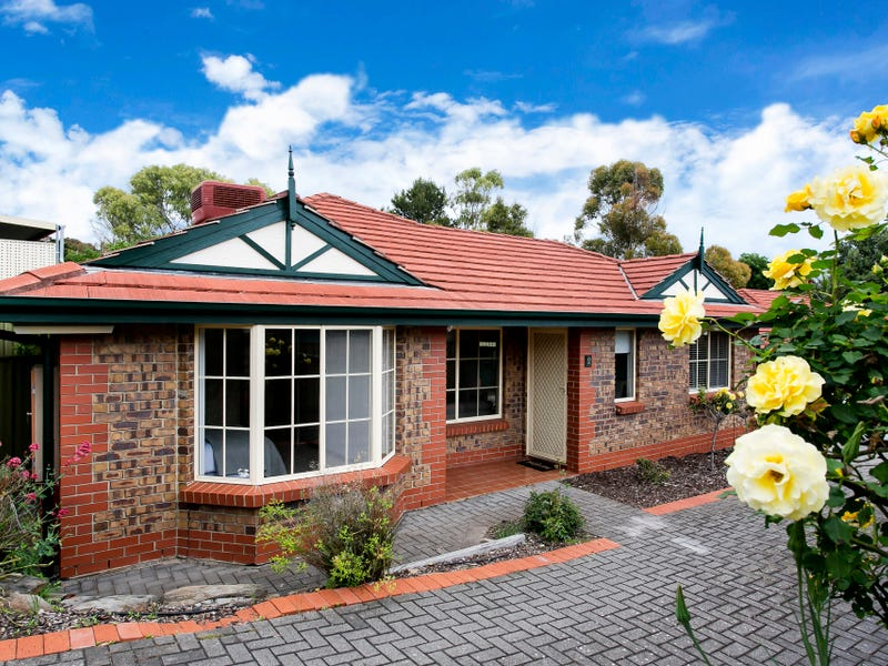 2/4 Gilbertson Road, Seacliff Park, SA 5049