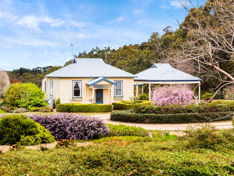 427 Arthurs Seat Road, Red Hill, Vic 3937