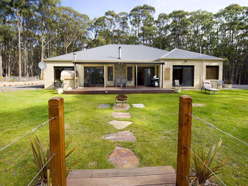 55 Kangaroo Drive, Coomoora, Vic 3461