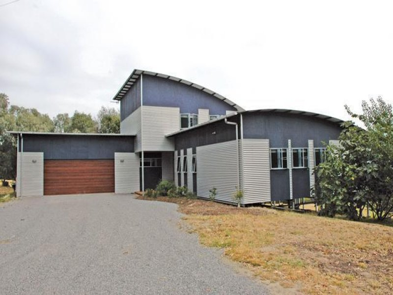 55 Lyndons Road, Callignee, Vic 3844