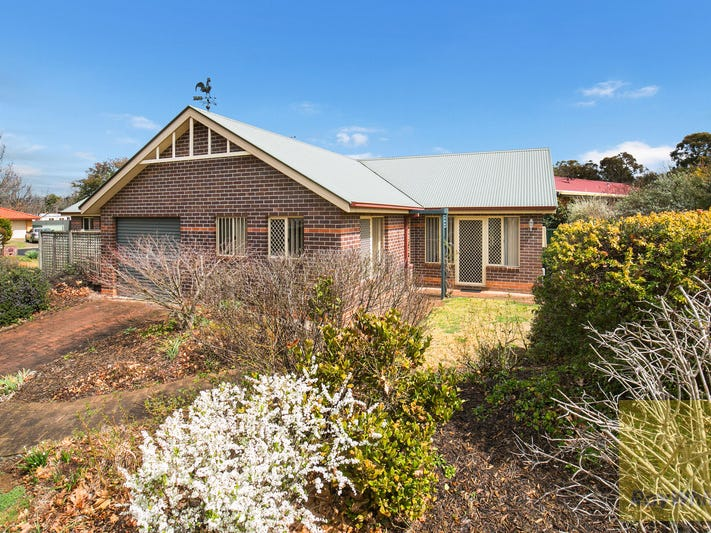 7B Fiona Place, Armidale, NSW 2350