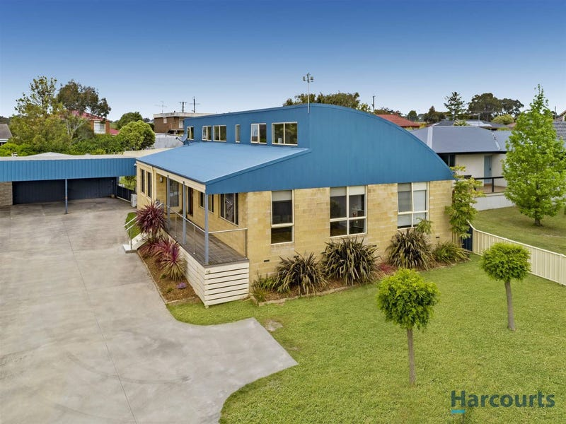 16 Cross Street, Newborough, Vic 3825