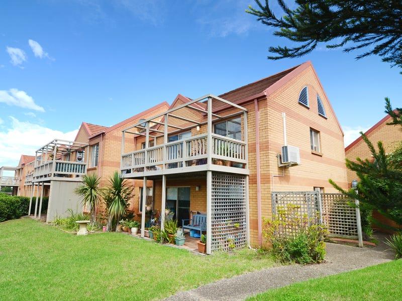 Villa 10/43 Sapphire Coast Dr, Merimbula, NSW 2548