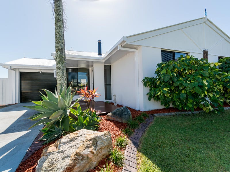 3 Bluefin Court, Sandstone Point, Qld 4511
