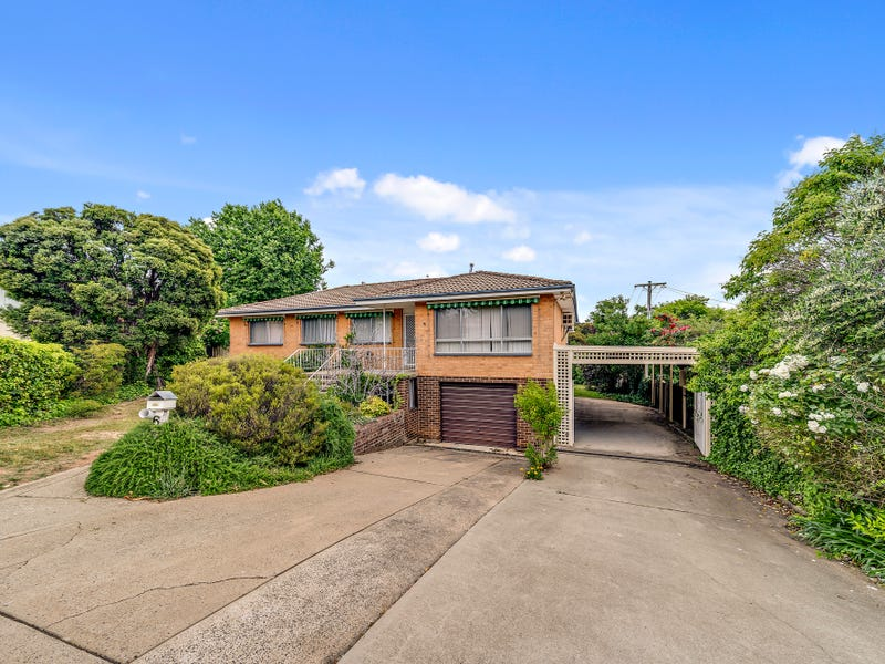 6 Winton Place, Holder, ACT 2611