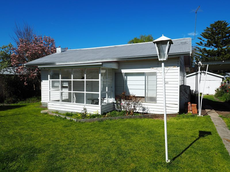 23 Main Street, Derrinallum, Vic 3325
