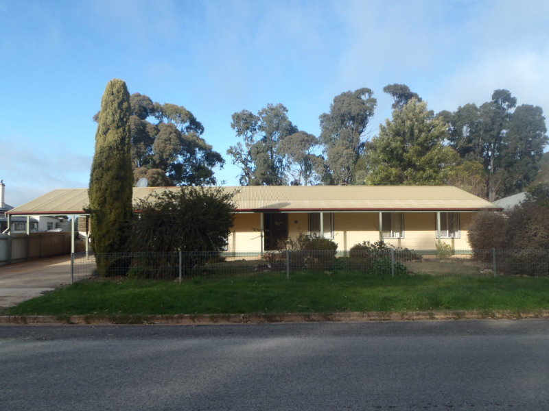 16 South Terrace, Jamestown, SA 5491