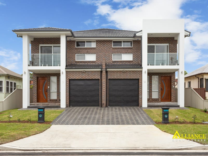 5 Cammarlie Avenue, Panania, NSW 2213