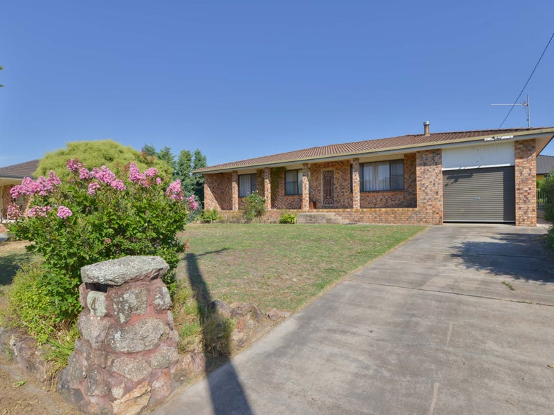 4 Lindon Crescent, Kootingal, NSW 2352