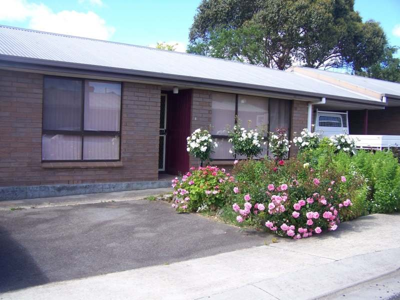 2/162 Weld Sreet, Beaconsfield, Tas 7270