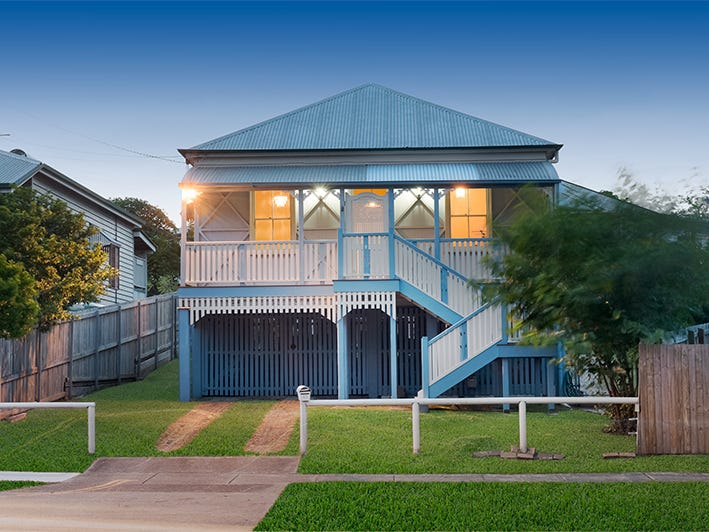 15 Southerden St, Sandgate, Qld 4017