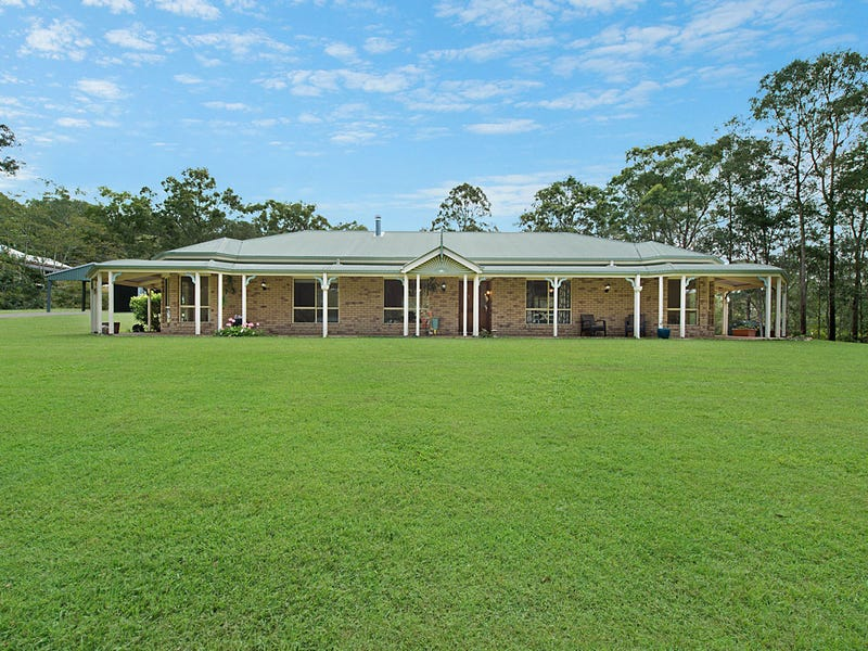 112 McLean Road South, Camp Mountain, Qld 4520