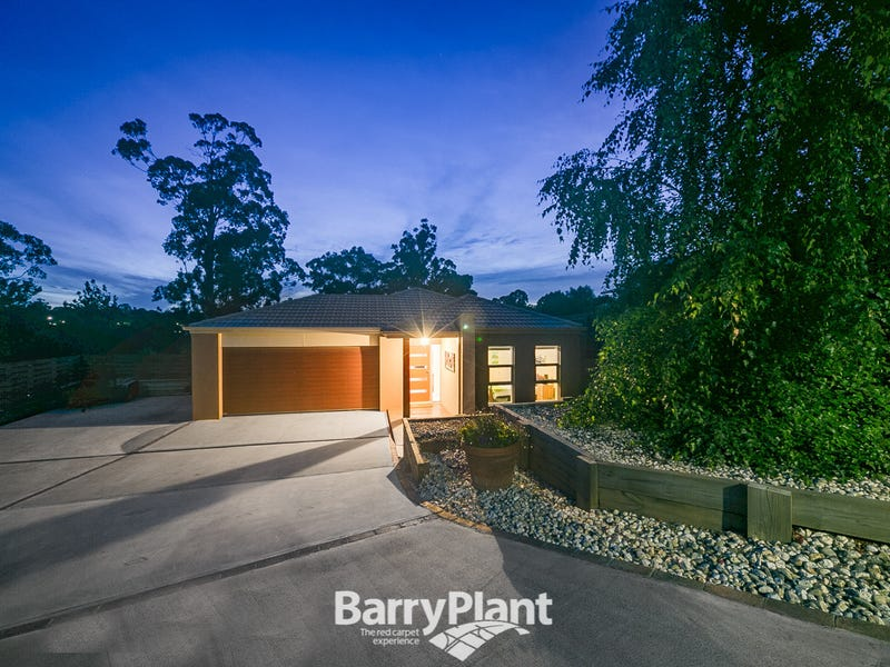 13 Carbine Court, Drouin, Vic 3818