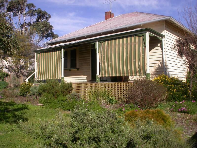 9 Inglis Street, Bacchus Marsh, Vic 3340
