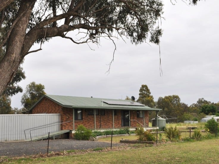 12 Ellwood, Stockinbingal, NSW 2725