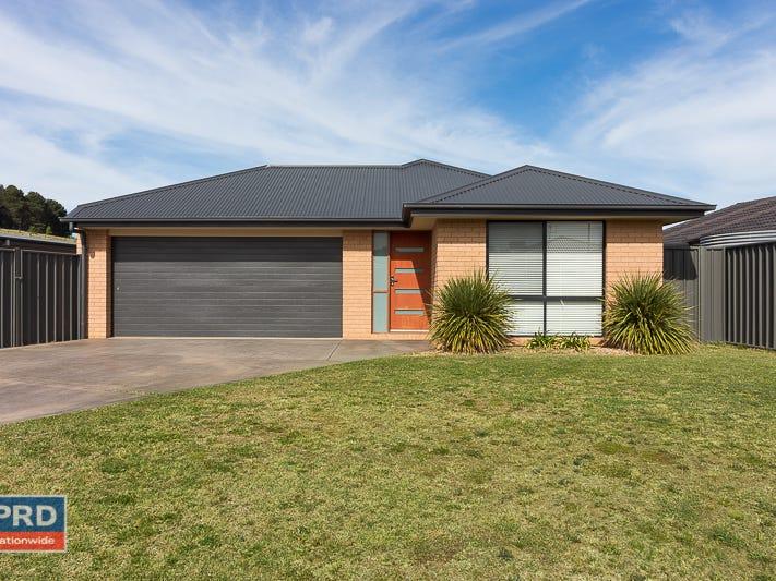 5 Deniston Circuit, Bungendore, NSW 2621