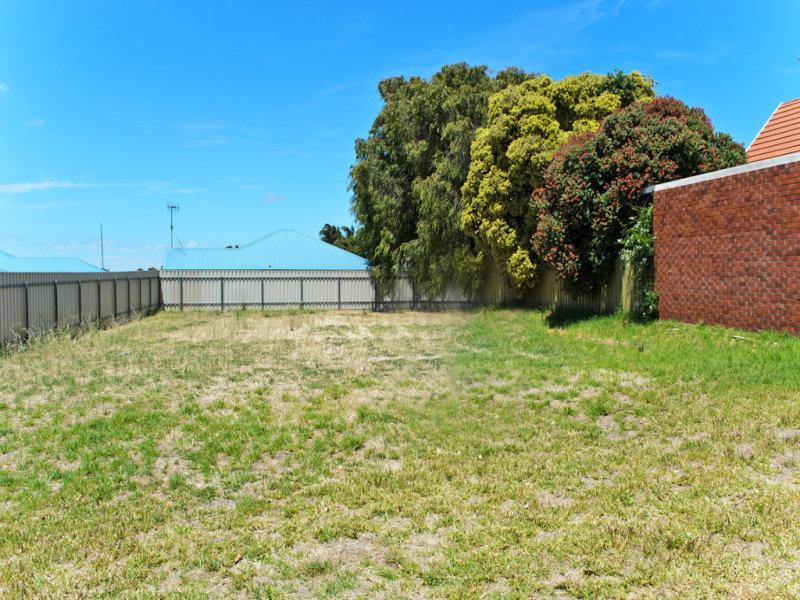 2 Burt Avenue, Goolwa North, SA 5214