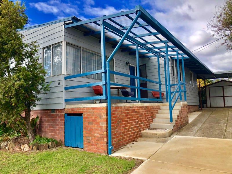 16 Bradney Street, Khancoban, NSW 2642