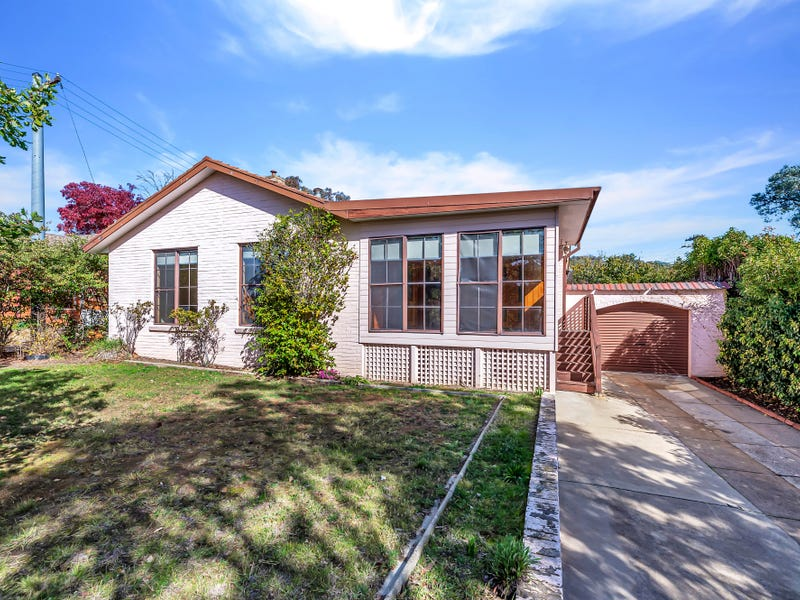 8 Givens Street, Pearce, ACT 2607