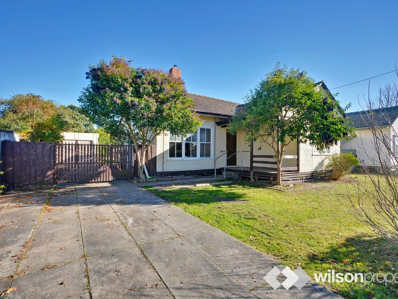 24 Foxlease Avenue, Traralgon, Vic 3844