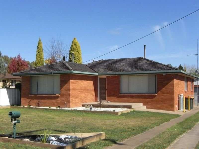 9 Cecil Road, Orange, NSW 2800