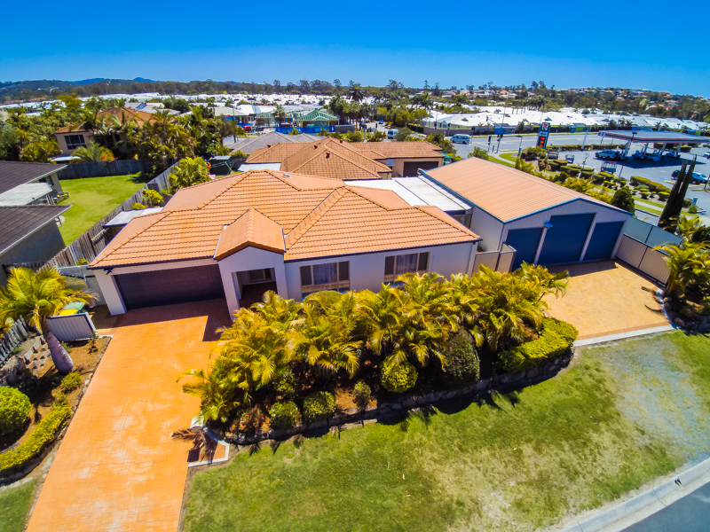 1 Chelmsford Place, Parkwood, Qld 4214