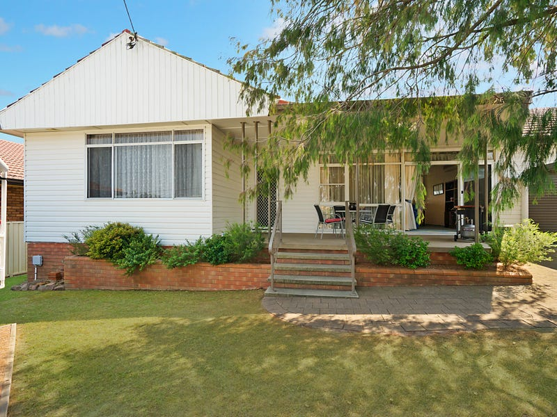 24 Glover Street, East Maitland, NSW 2323