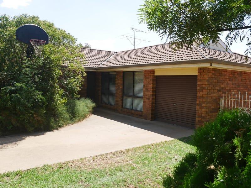 2 Roma Avenue, Leeton, NSW 2705