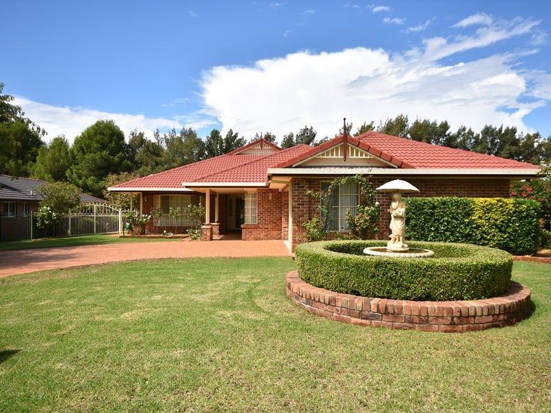 16 Hillcrest Place, Dubbo, NSW 2830