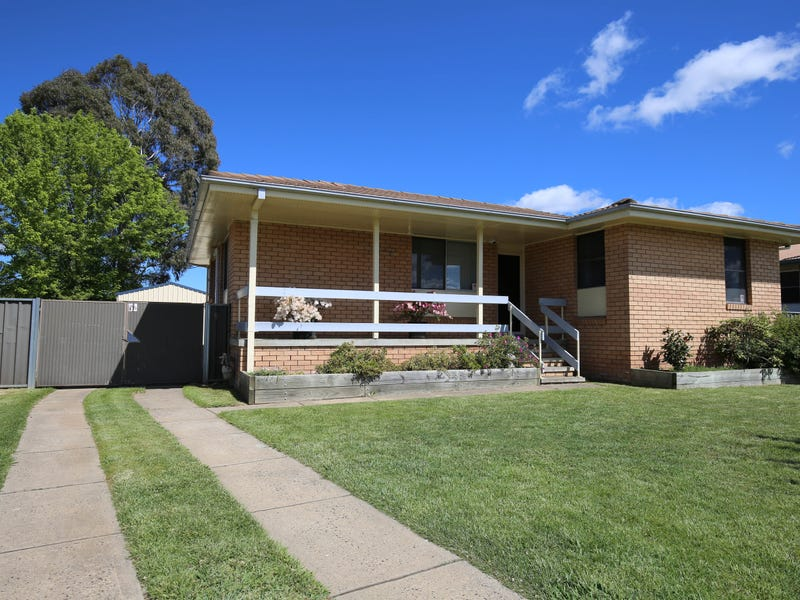 11 JILBA STREET, Orange, NSW 2800