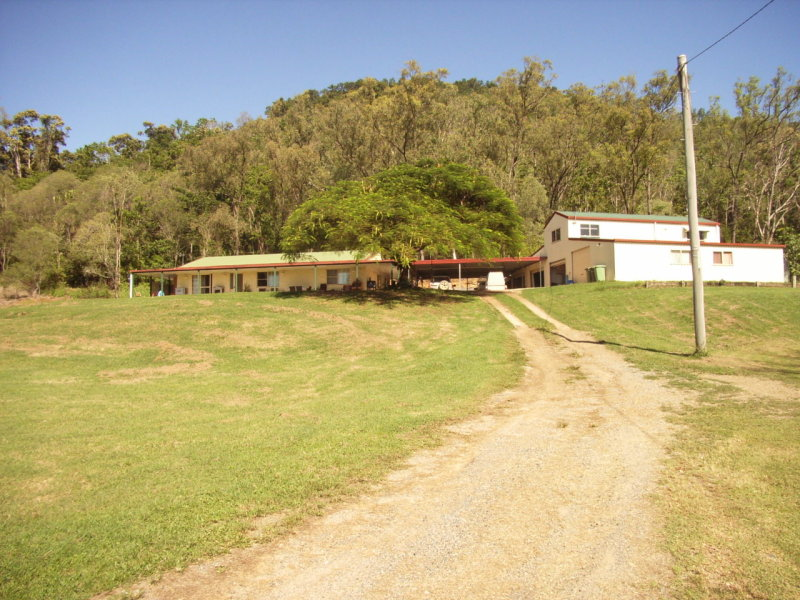 203 Powells Road, Marian, Qld 4753