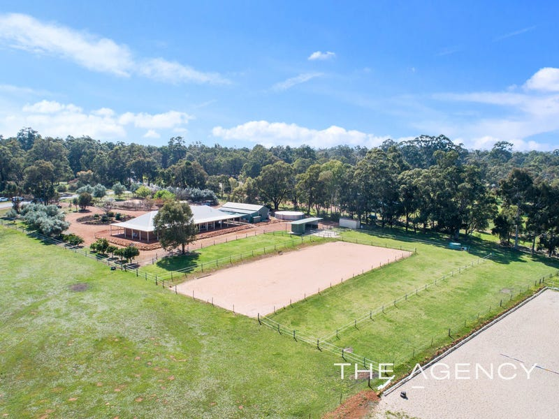 21 Strawberry Hill Drive, Gidgegannup, WA 6083
