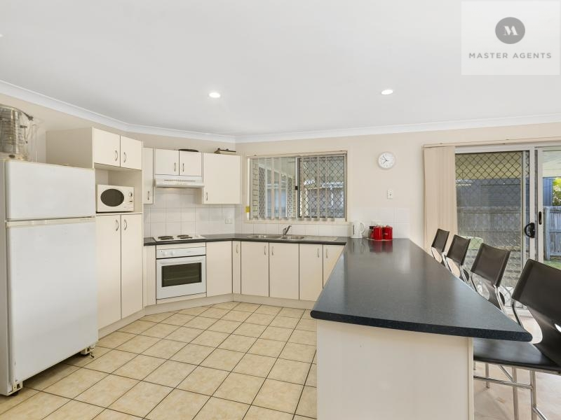 12 Lake Cooloola Court, Logan Reserve, Qld 4133