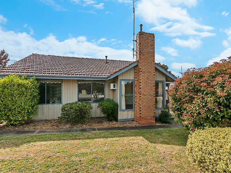99 Bree Road, Hamilton, Vic 3300