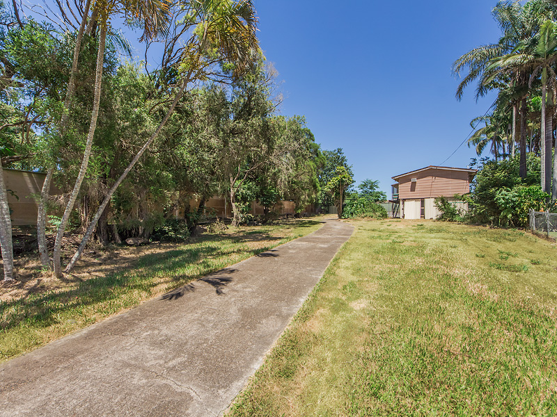 7 Roma St, North Booval, Qld 4304